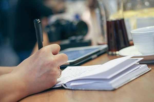 Заработок на написании статей: лучший заработок в интернете без вложений